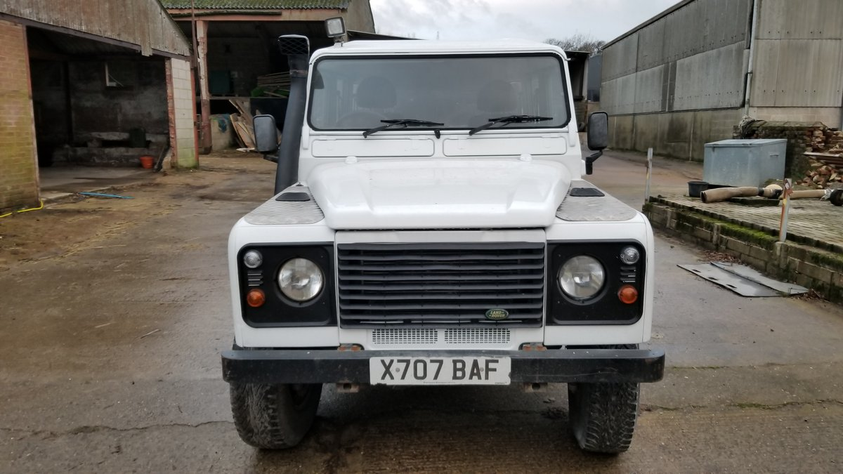 Defender 130 Double Cab Pick Up 2001. 5 Speed 4dr. For Sale (picture 2 of 5)