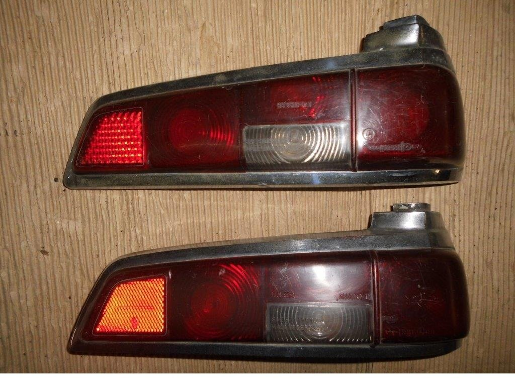 MERCEDES Tail Lights & Headlamp Rings For Sale (picture 3 of 6)