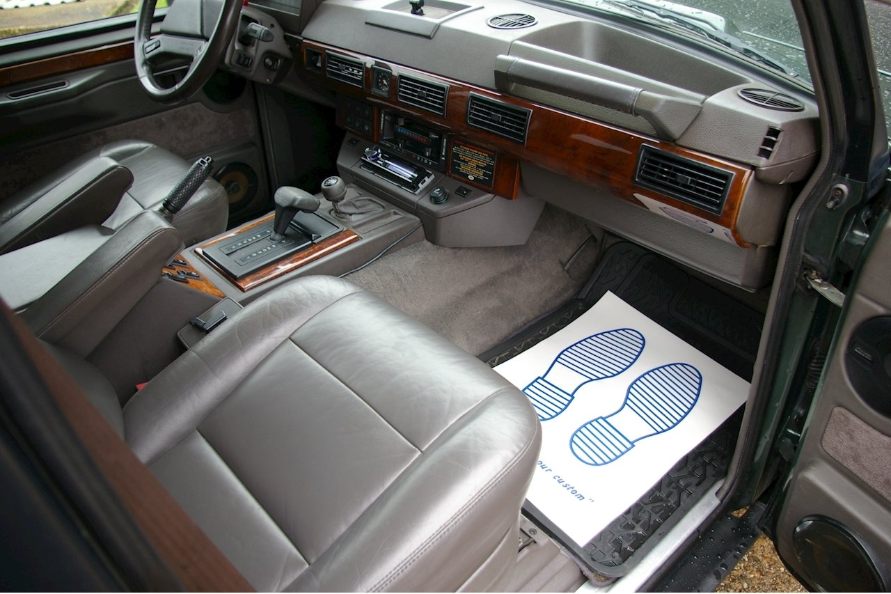1993 Land Rover Range Rover Classic 3.9 V8 SWB Auto (83916 miles) For Sale (picture 5 of 6)