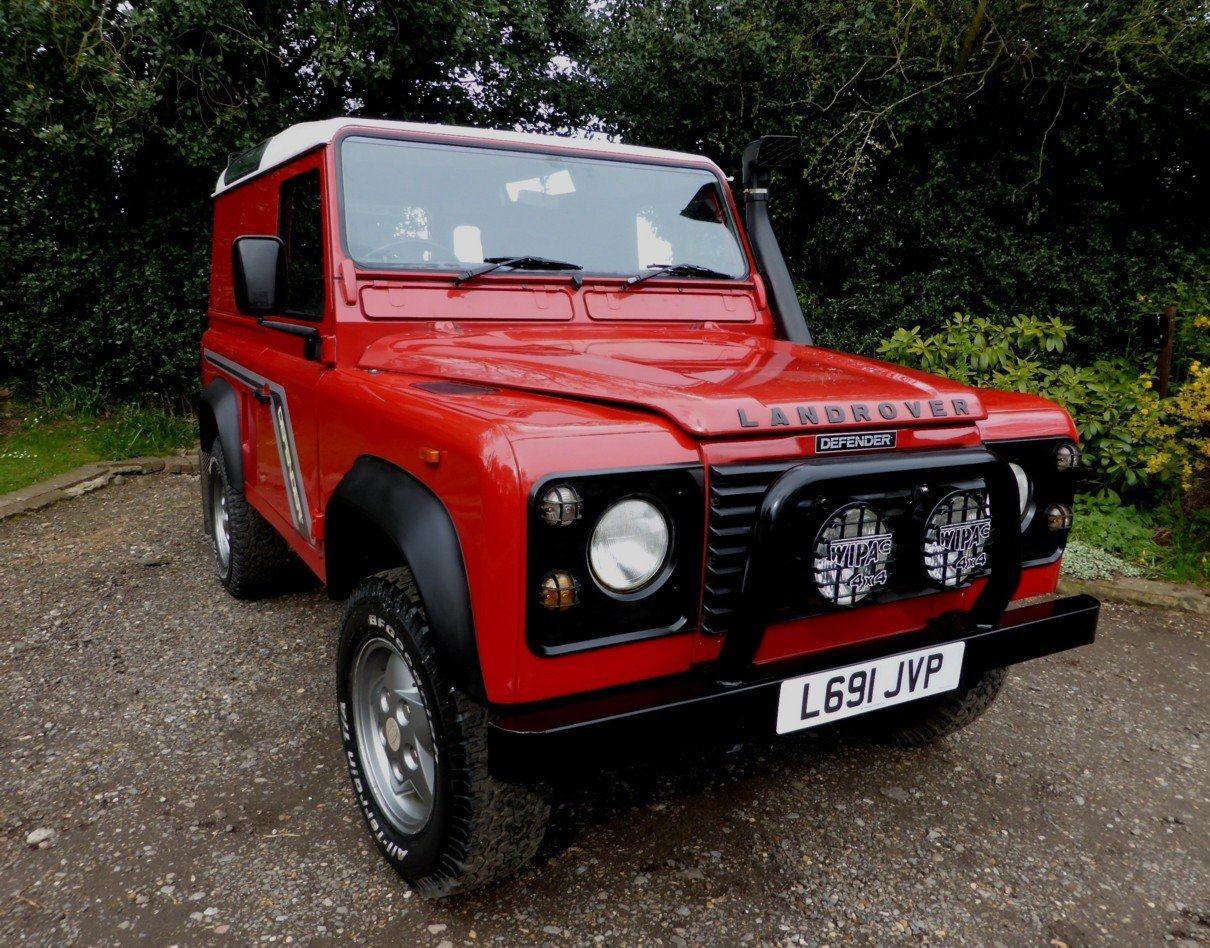 1993 Stunning And Out Standing Defender 90 200 TDi For Sale (picture 1 of 6)