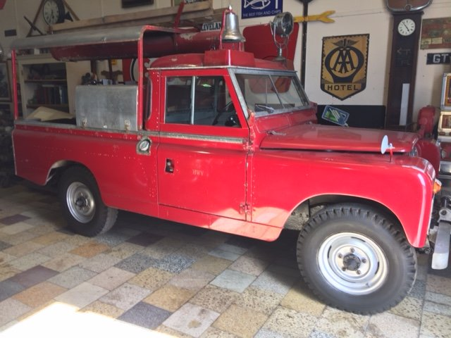 RARE LAND ROVER FIRE TRUCK SERIES 11A 1964 3500 MILES  SOLD (picture 1 of 6)