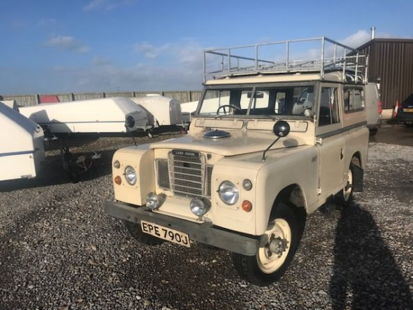 1971 Land Rover ® Series 2a *Rare Searle SWB Camper!* (EPE) For Sale (picture 2 of 6)