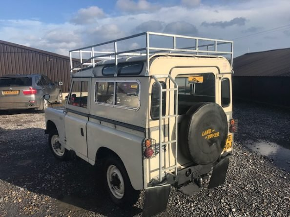 1971 Land Rover ® Series 2a *Rare Searle SWB Camper!* (EPE) For Sale (picture 3 of 6)