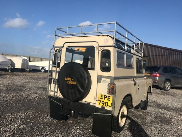 1971 Land Rover ® Series 2a *Rare Searle SWB Camper!* (EPE) For Sale (picture 4 of 6)
