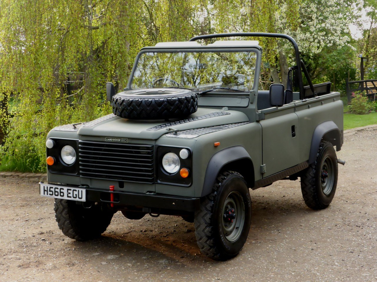 1991 Ex MOD Land Rover 90 Soft Top SOLD (picture 1 of 6)