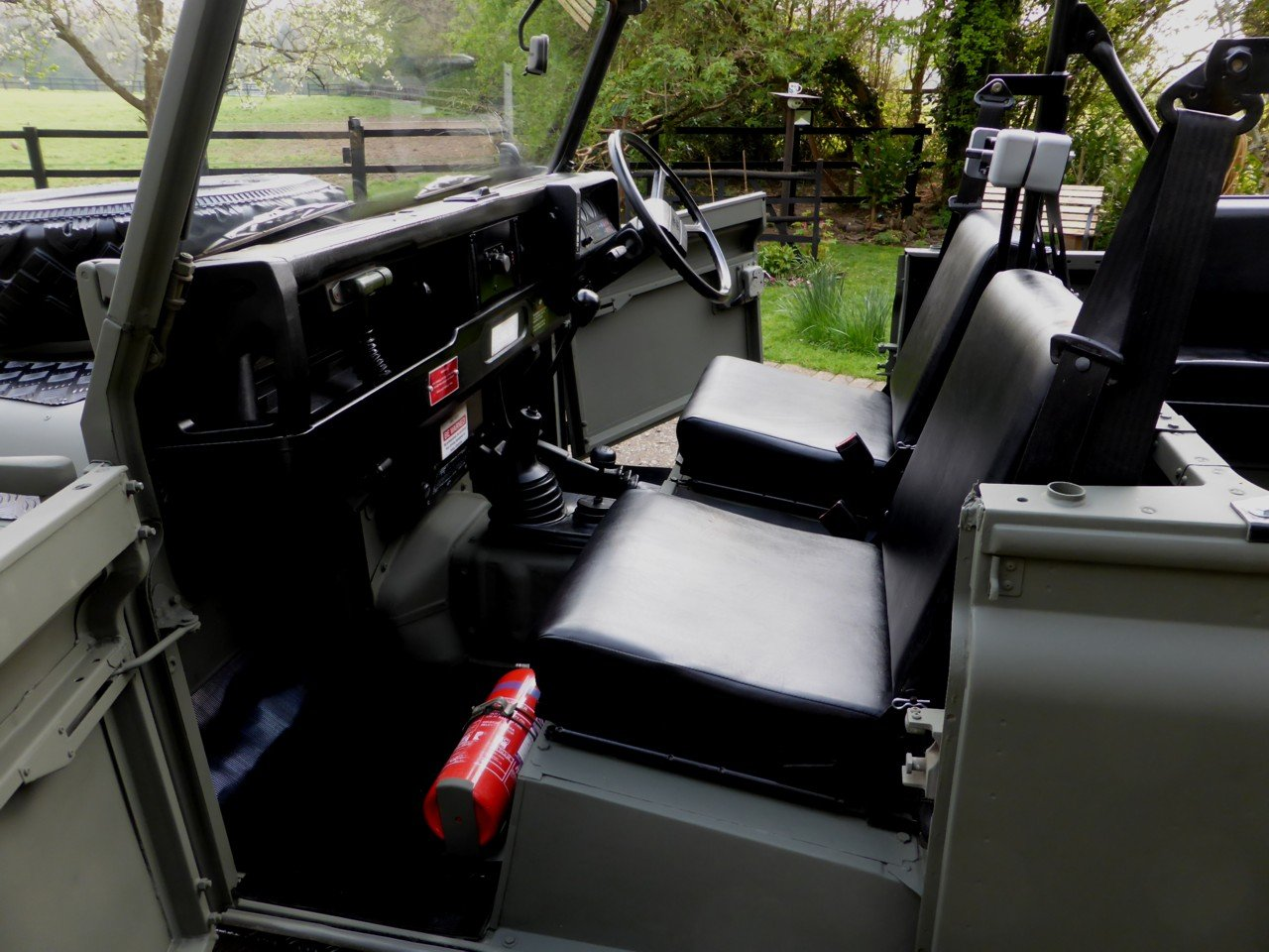 1991 Ex MOD Land Rover 90 Soft Top SOLD (picture 4 of 6)