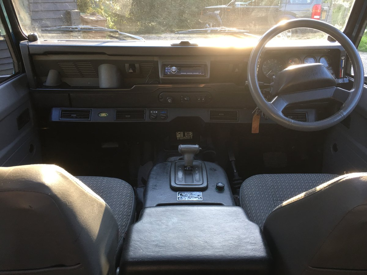 1998 Land Rover Defender V8 50th Anniversary - Restored For Sale (picture 4 of 6)