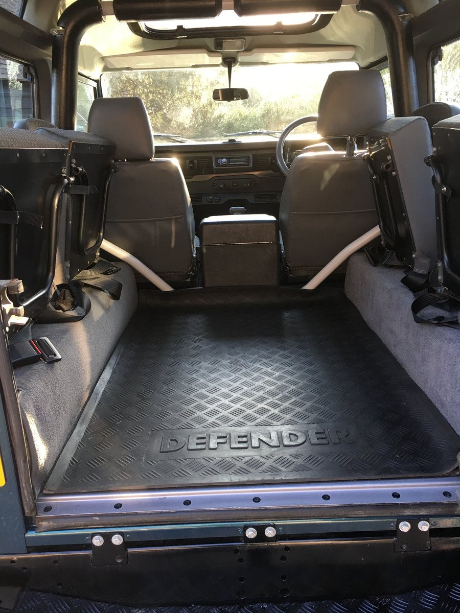 1998 Land Rover Defender V8 50th Anniversary - Restored For Sale (picture 5 of 6)