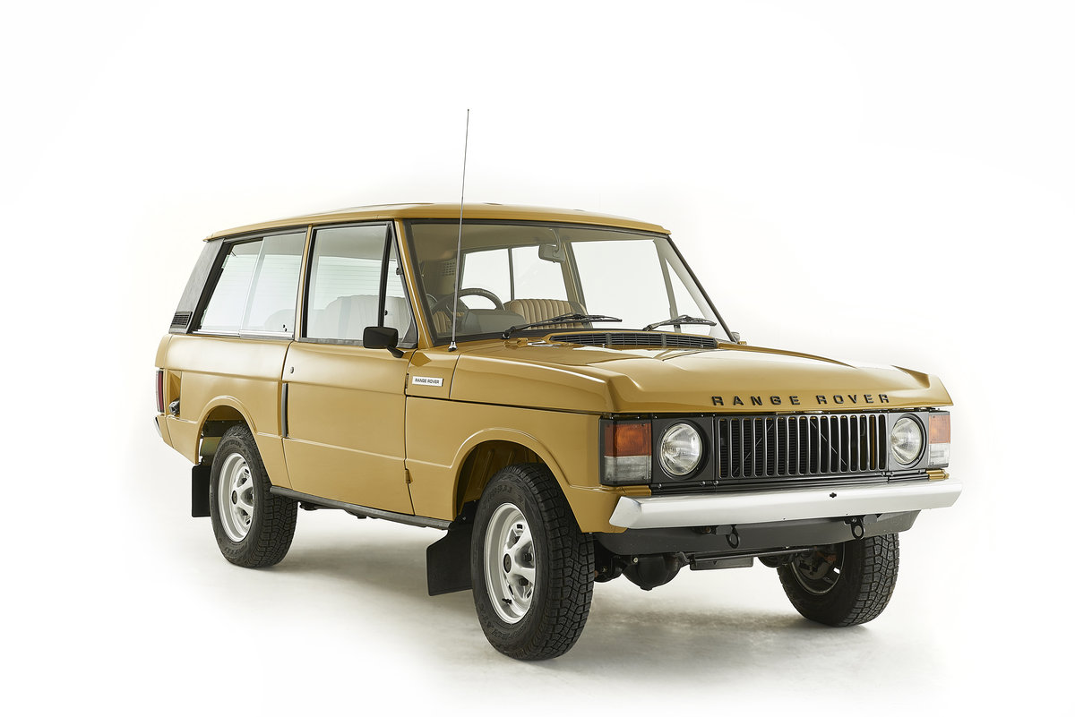 Kingsley Restored 1977 Range Rover 2 Door in Bahama Gold For Sale (picture 1 of 12)