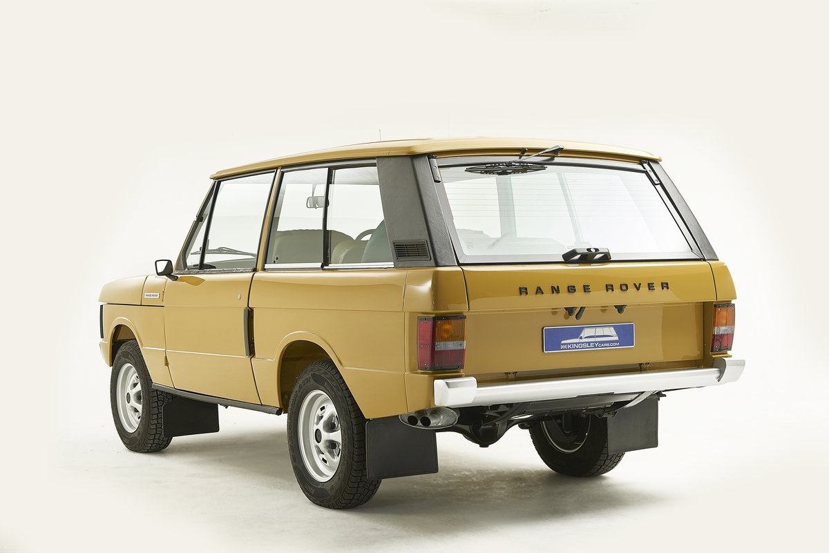 Kingsley Restored 1977 Range Rover 2 Door in Bahama Gold For Sale (picture 2 of 12)