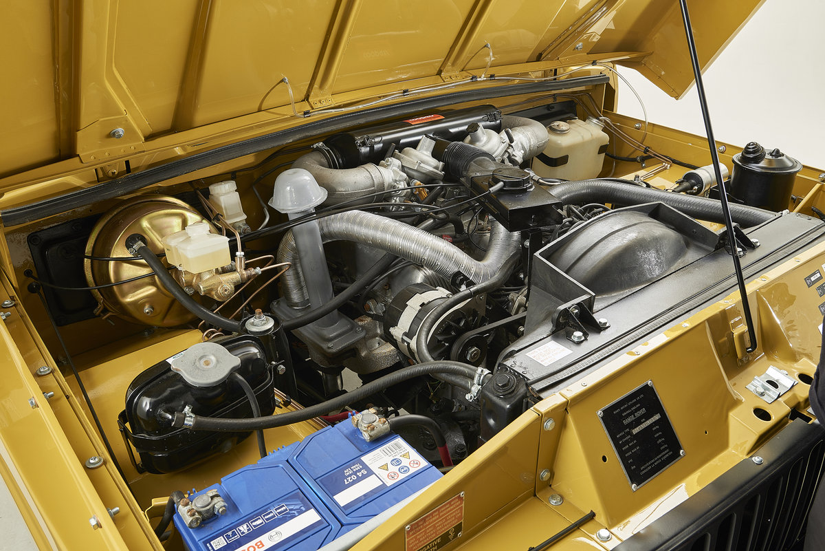 Kingsley Restored 1977 Range Rover 2 Door in Bahama Gold For Sale (picture 9 of 12)