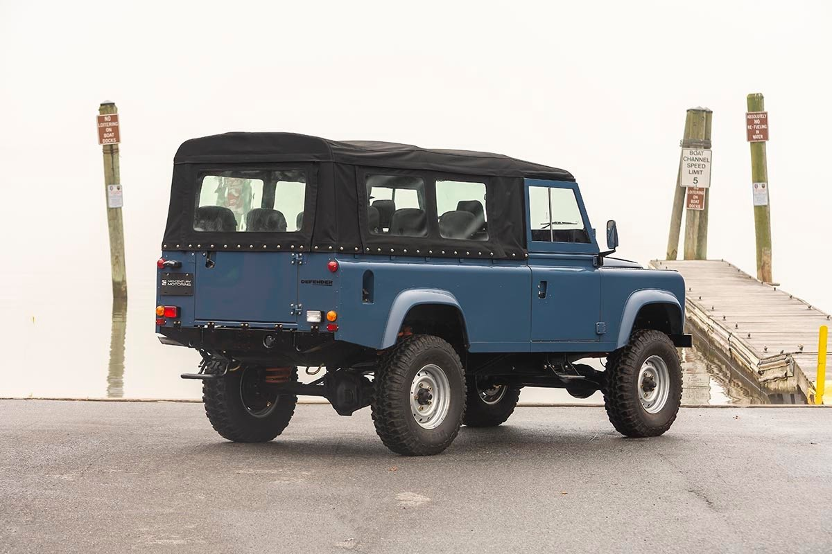 1988 Land Rover 110 3.5 V8 LHD with A/C SOLD (picture 3 of 11)