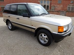 RANGE ROVER P38    4.6 HSE 1999 41,000 MILES SERVICE HISTORY For Sale