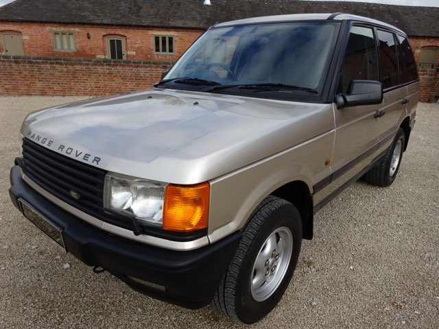 RANGE ROVER P38    4.6 HSE 1999 41,000 MILES SERVICE HISTORY For Sale (picture 6 of 6)