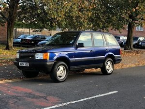 1995 Range Rover 4.0 V8 Petrol, One Owner from New, FSH! For Sale