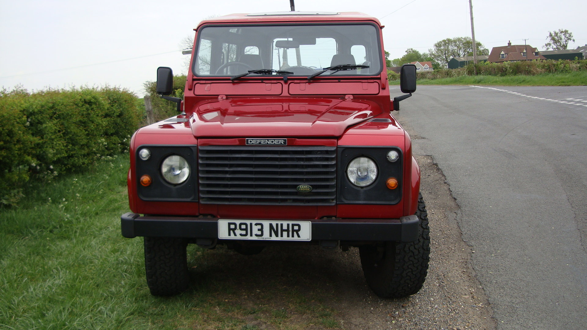 1998 Landrover Defender 300TDI  SWB Red For Sale (picture 2 of 6)