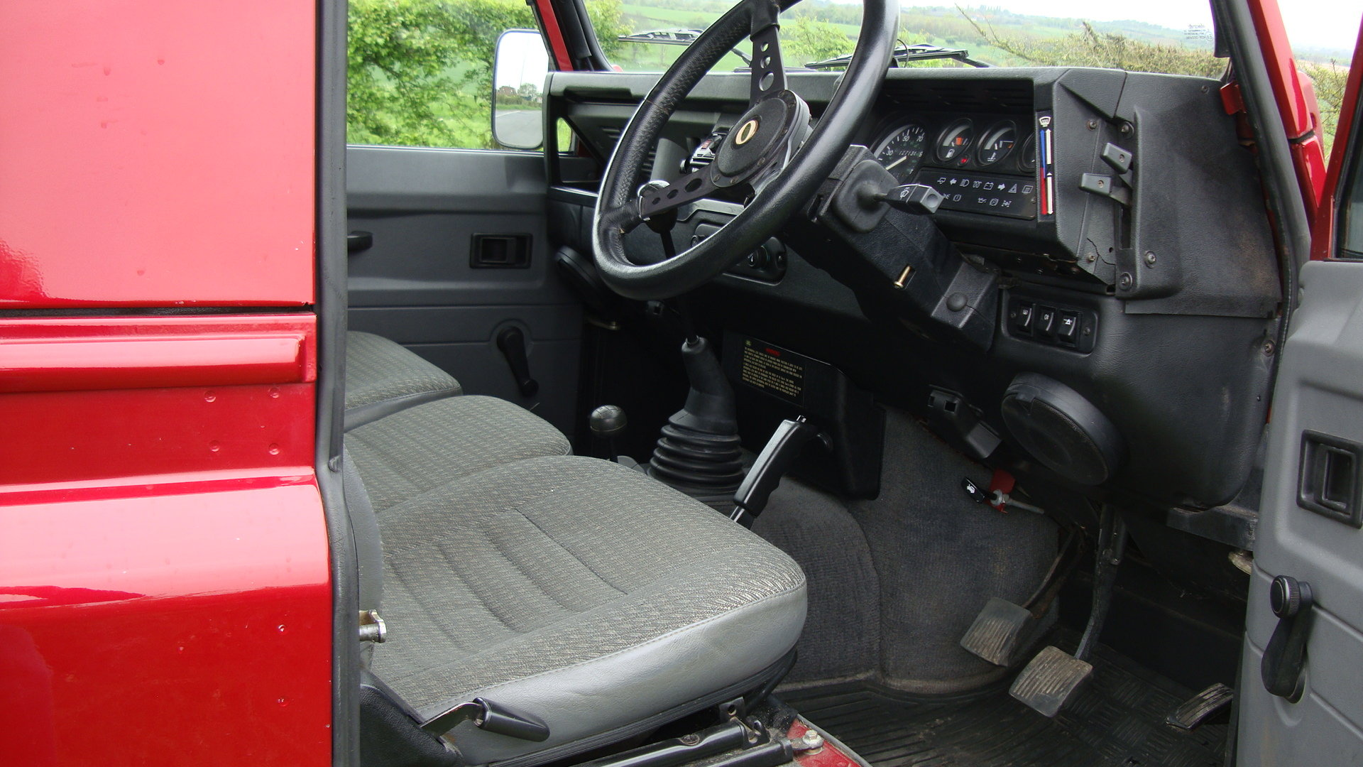 1998 Landrover Defender 300TDI  SWB Red For Sale (picture 4 of 6)