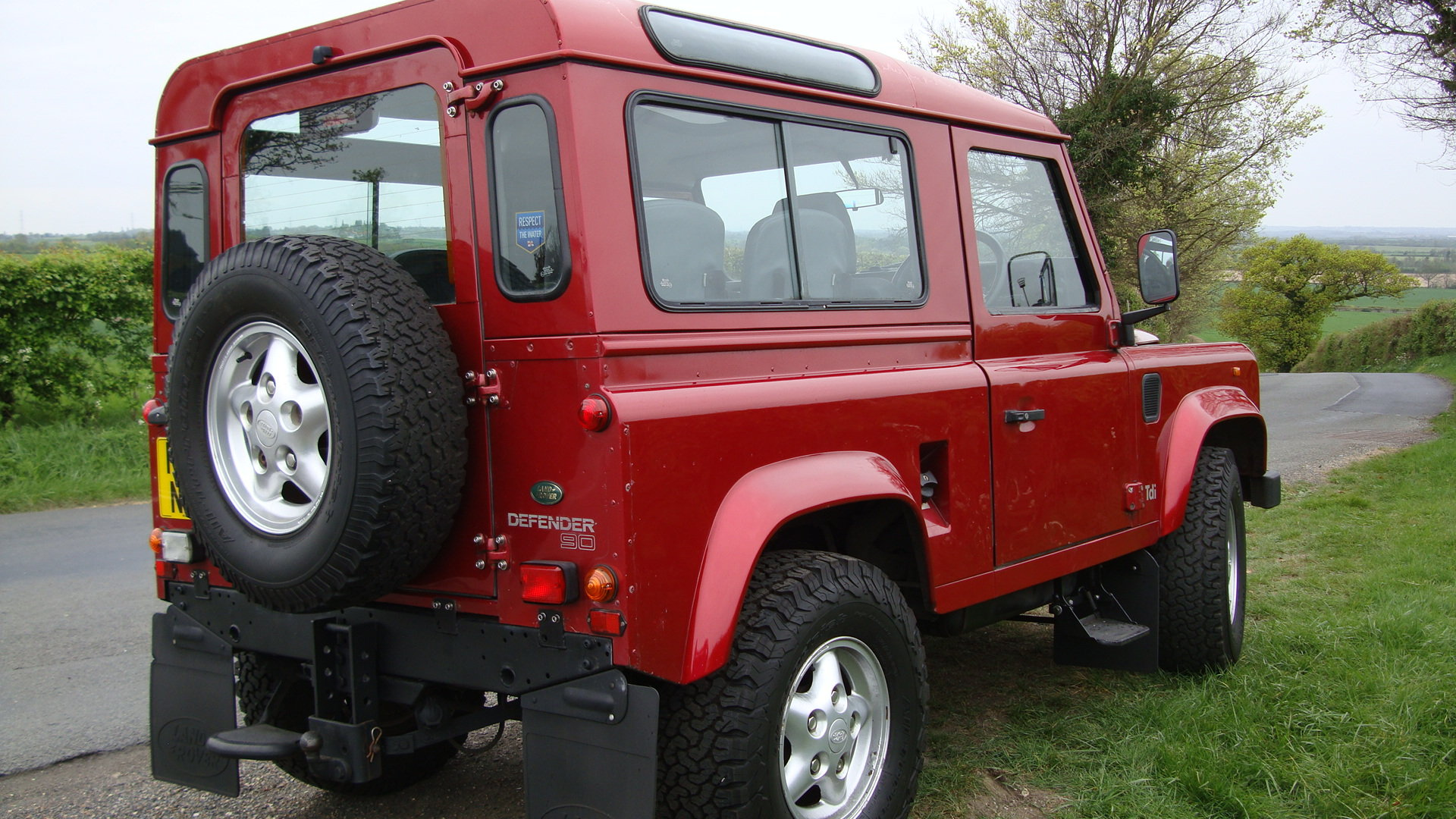 1998 Landrover Defender 300TDI  SWB Red For Sale (picture 5 of 6)