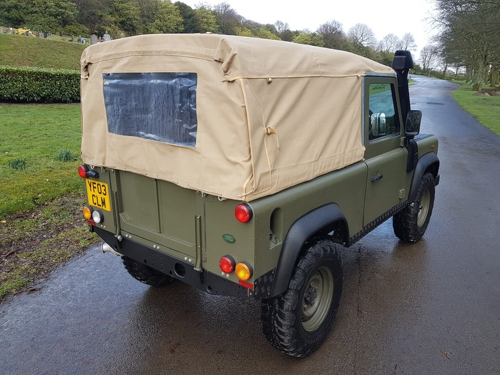 2003 LAND ROVER DEFENDER 90 TD5 For Sale (picture 3 of 6)