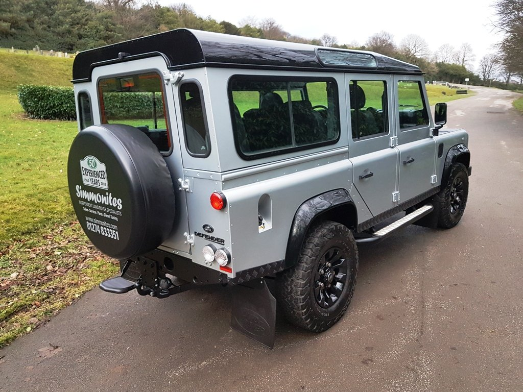 2010 LAND ROVER DEFENDER LHD 110 TDCI COUNTY STATION WAGON For Sale (picture 3 of 6)