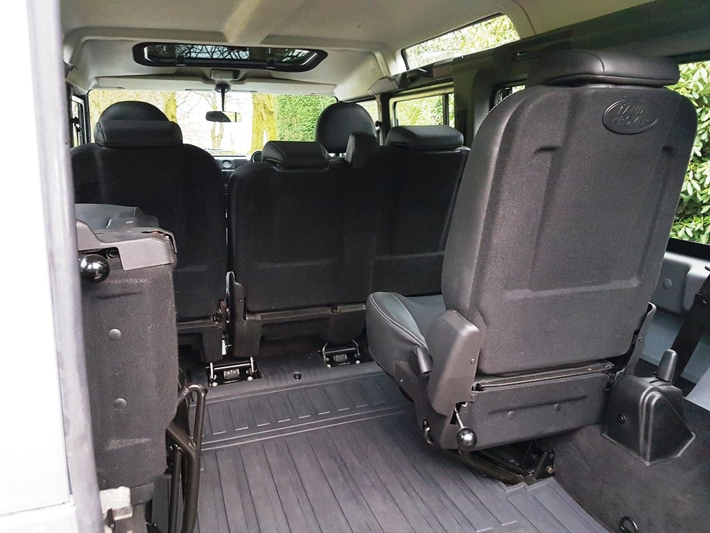 2010 LAND ROVER DEFENDER LHD 110 TDCI COUNTY STATION WAGON For Sale (picture 6 of 6)