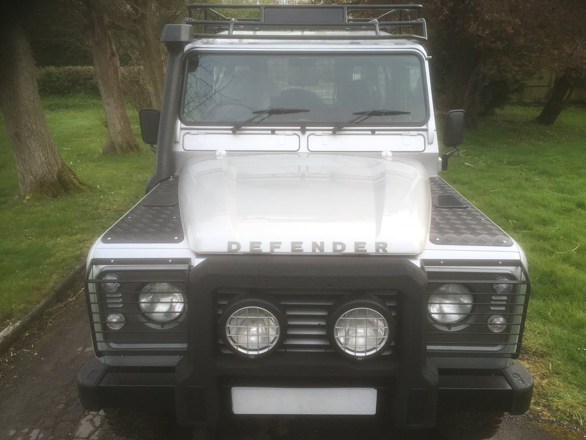 2005 Land Rover Defender 90 XS Factory Station Wagon SOLD (picture 2 of 6)
