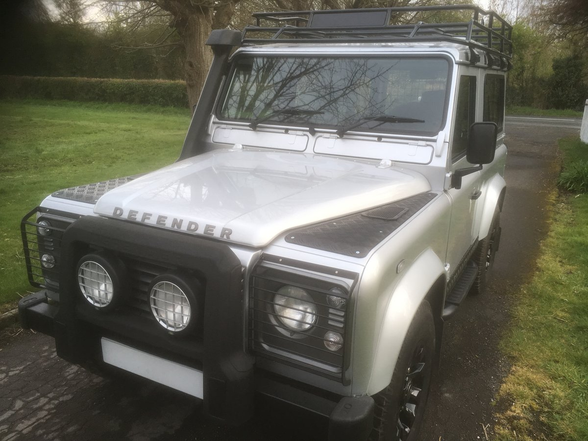2005 Land Rover Defender 90 XS Factory Station Wagon SOLD (picture 3 of 6)