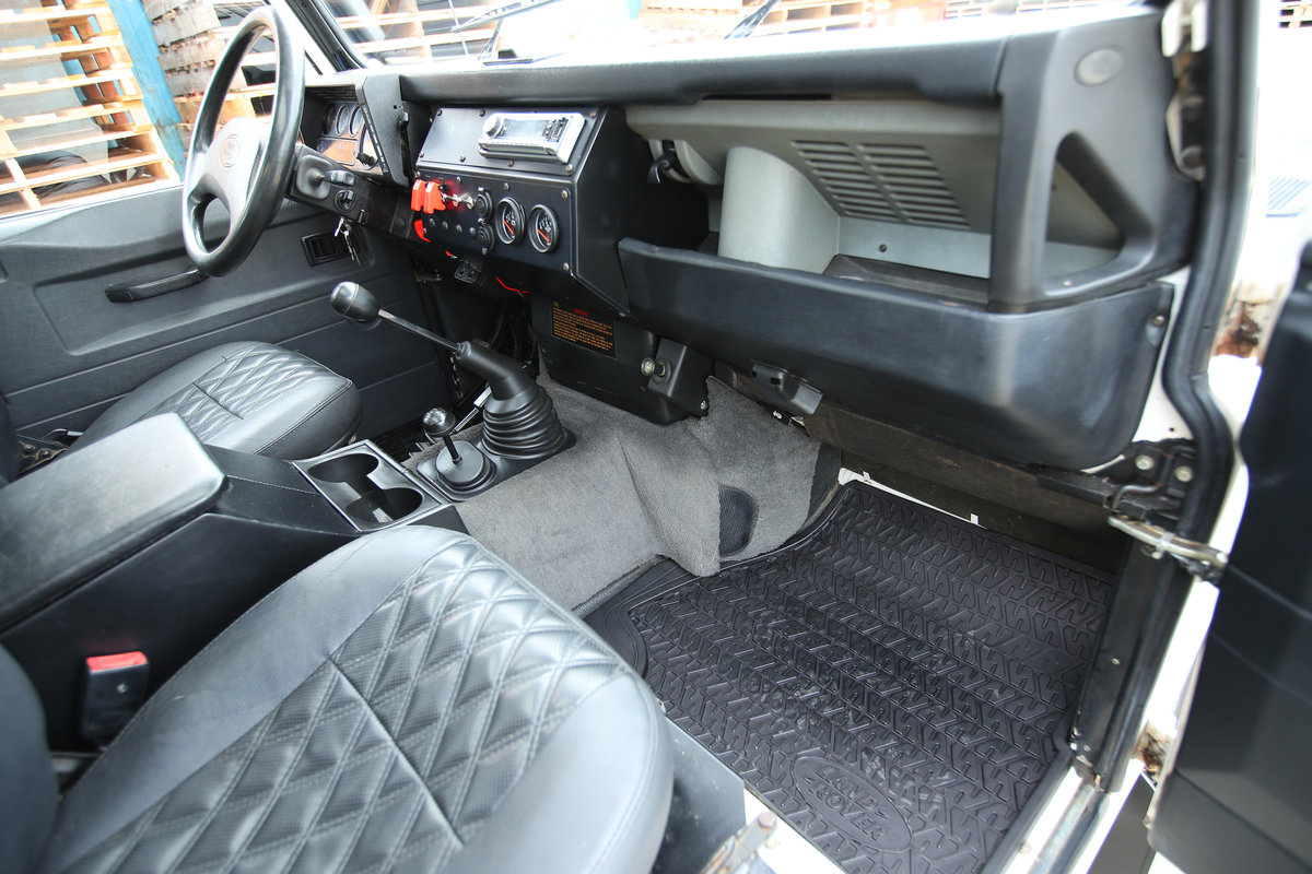 1992 Land Rover D90 - 200 TDI LHD (USA Eligible) For Sale (picture 5 of 6)
