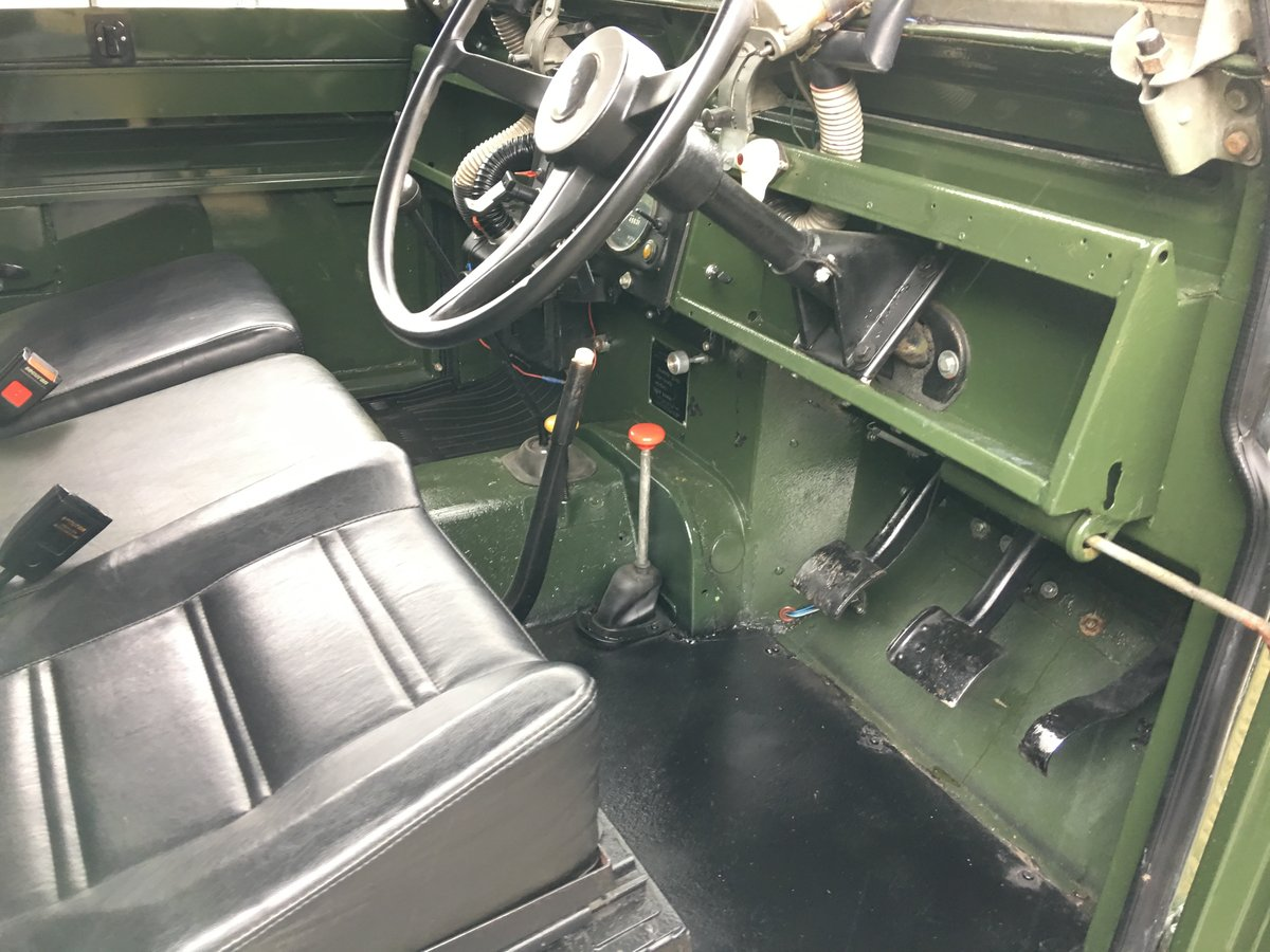 1966 land rover series 2 109 on galvanised chassis only 45000 mls For Sale (picture 5 of 6)