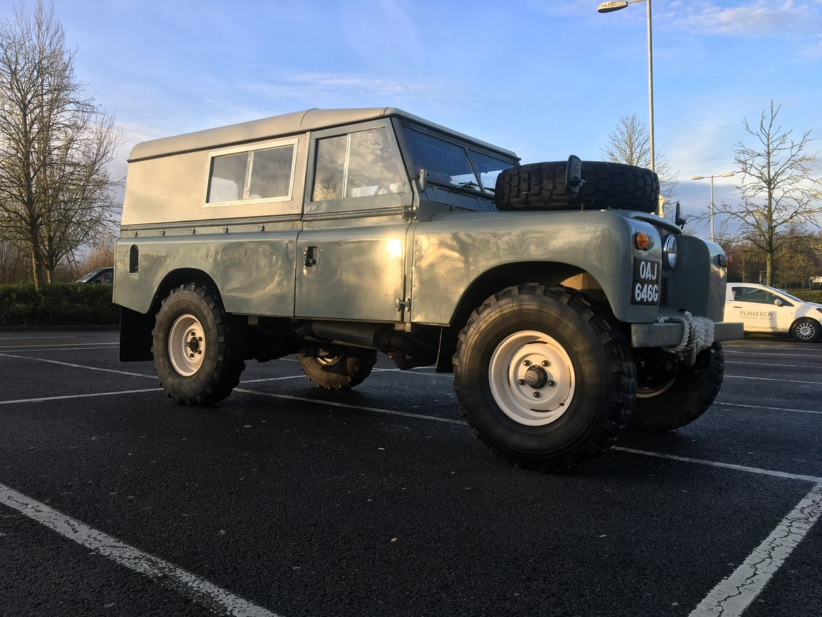 1968 Land Rover Series 2A Fully Restored 3.9 V8 For Sale (picture 2 of 6)