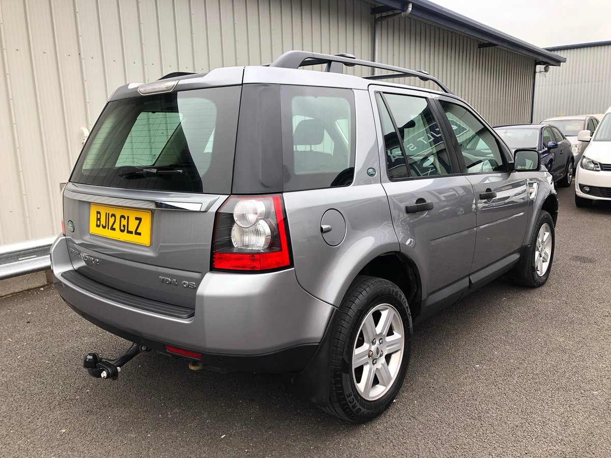 2012 12 LAND ROVER FREELANDER 2.2 TD4 GS 5D AUTO 150 BHP For Sale (picture 3 of 6)