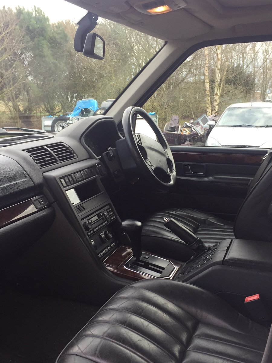 2001 Range Rover 4.0 HSE P38 For Sale (picture 3 of 6)
