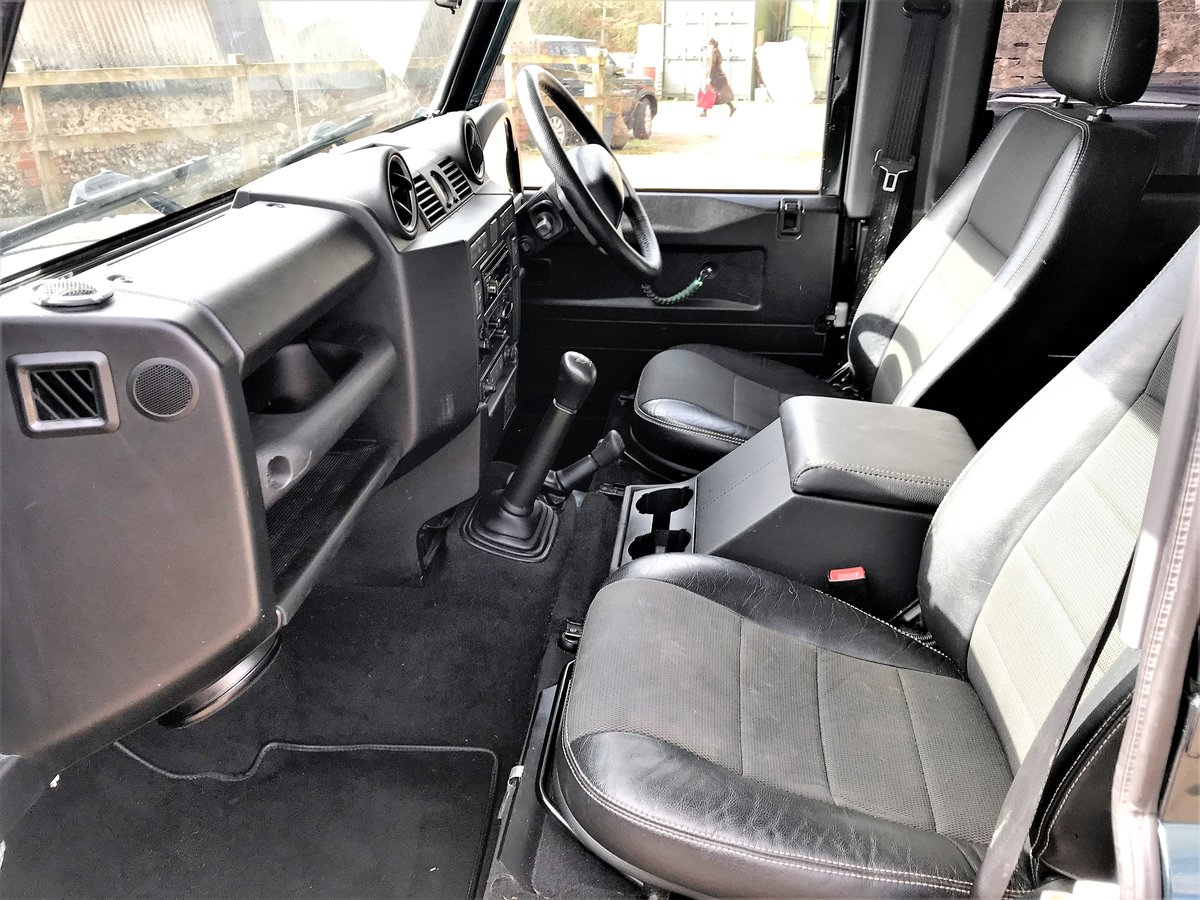 2012 defender 90 2.2TDCi station wagon+fast road upgrades For Sale (picture 3 of 6)