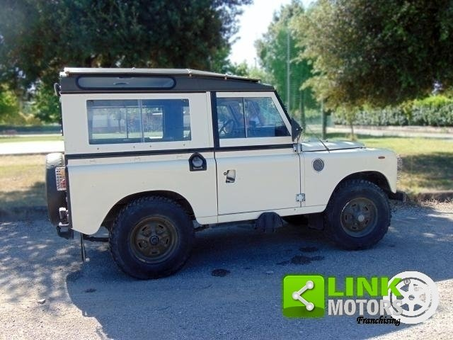 Land Rover Defender 88 HT 366, anno 1983, iscritta ASI, res For Sale (picture 5 of 6)