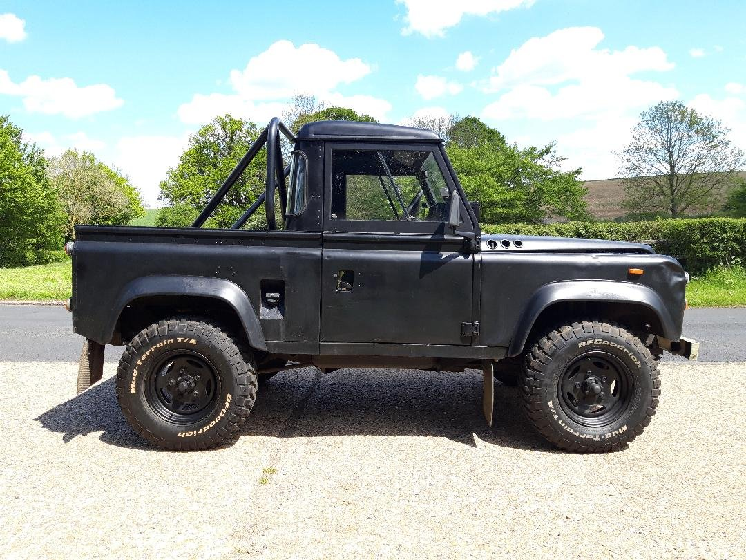 1992 Land Rover Defender V8 John Eales 4.6  270BHP Auto For Sale (picture 1 of 6)