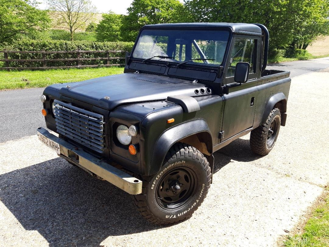 1992 Land Rover Defender V8 John Eales 4.6  270BHP Auto For Sale (picture 3 of 6)