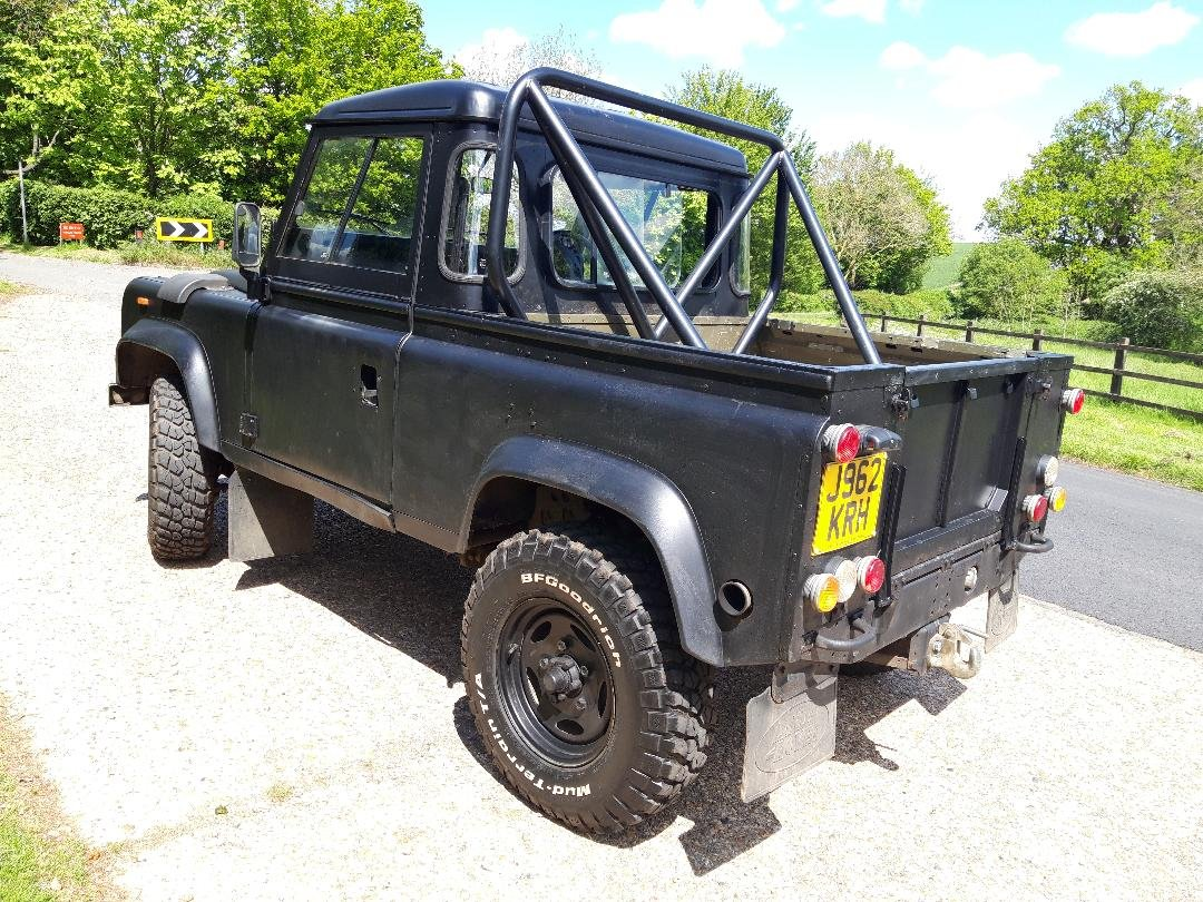 1992 Land Rover Defender V8 John Eales 4.6  270BHP Auto For Sale (picture 5 of 6)