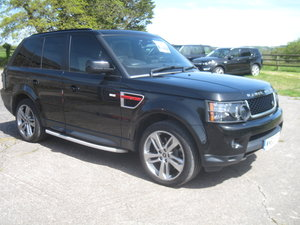 2012 Range Rover Sport HSE SDV6 A RED EDITION For Sale