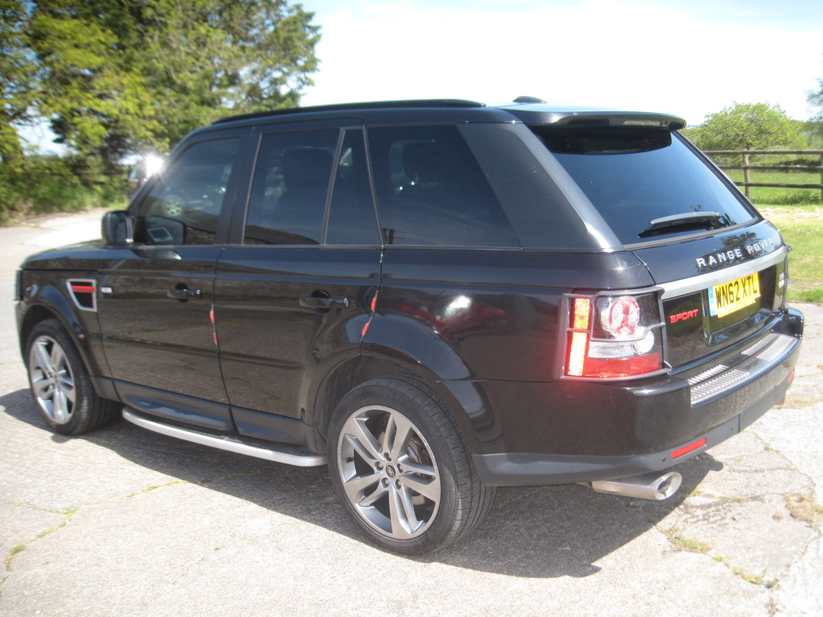 2012 Range Rover Sport HSE SDV6 A RED EDITION For Sale (picture 3 of 6)