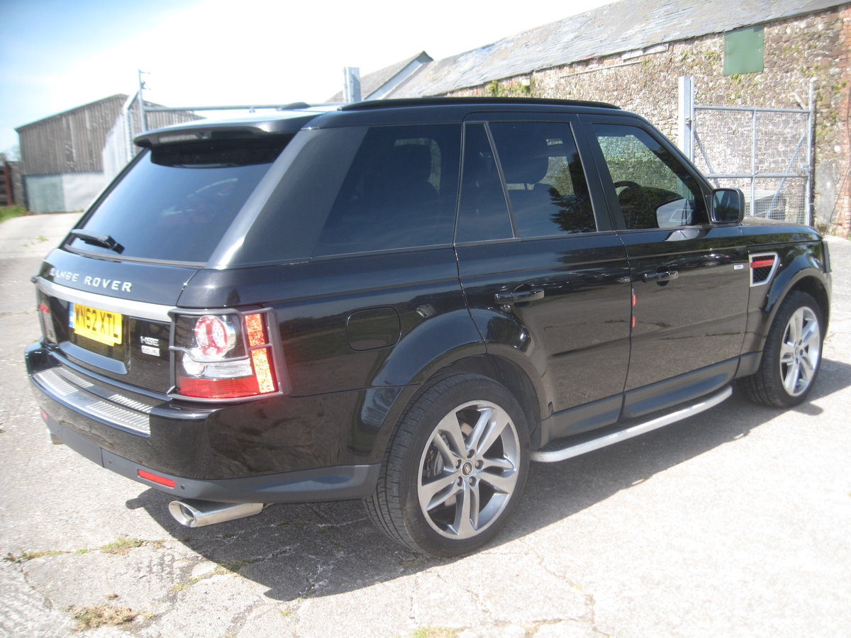 2012 Range Rover Sport HSE SDV6 A RED EDITION For Sale (picture 4 of 6)