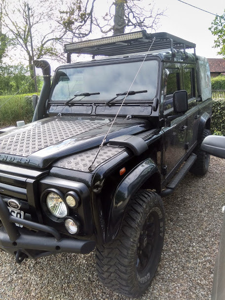 2005Land Rover 110 - XS Spec Half Leather - Black For Sale (picture 1 of 6)