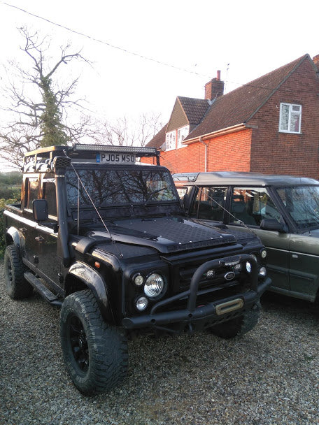 2005Land Rover 110 - XS Spec Half Leather - Black For Sale (picture 2 of 6)