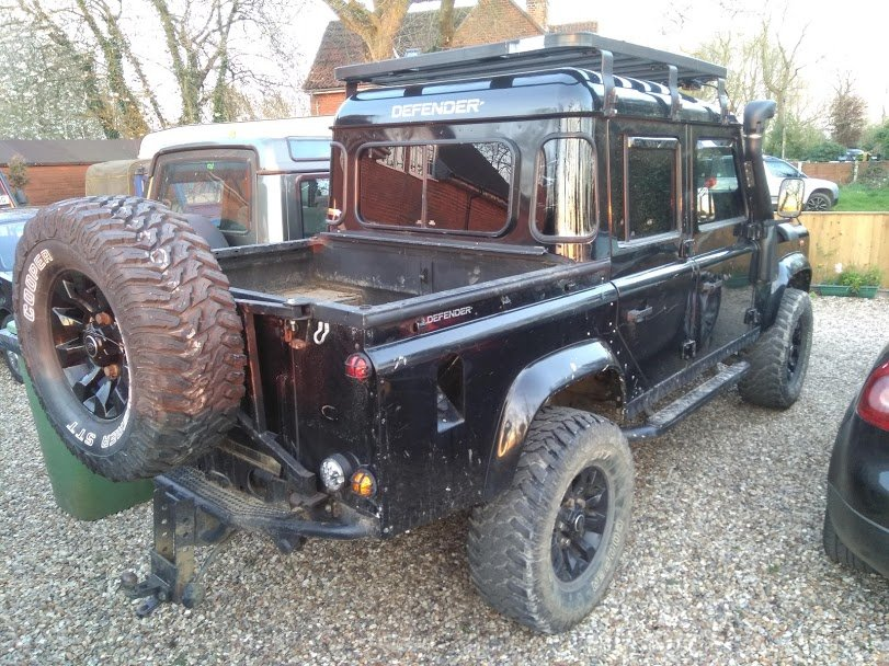 2005Land Rover 110 - XS Spec Half Leather - Black For Sale (picture 4 of 6)