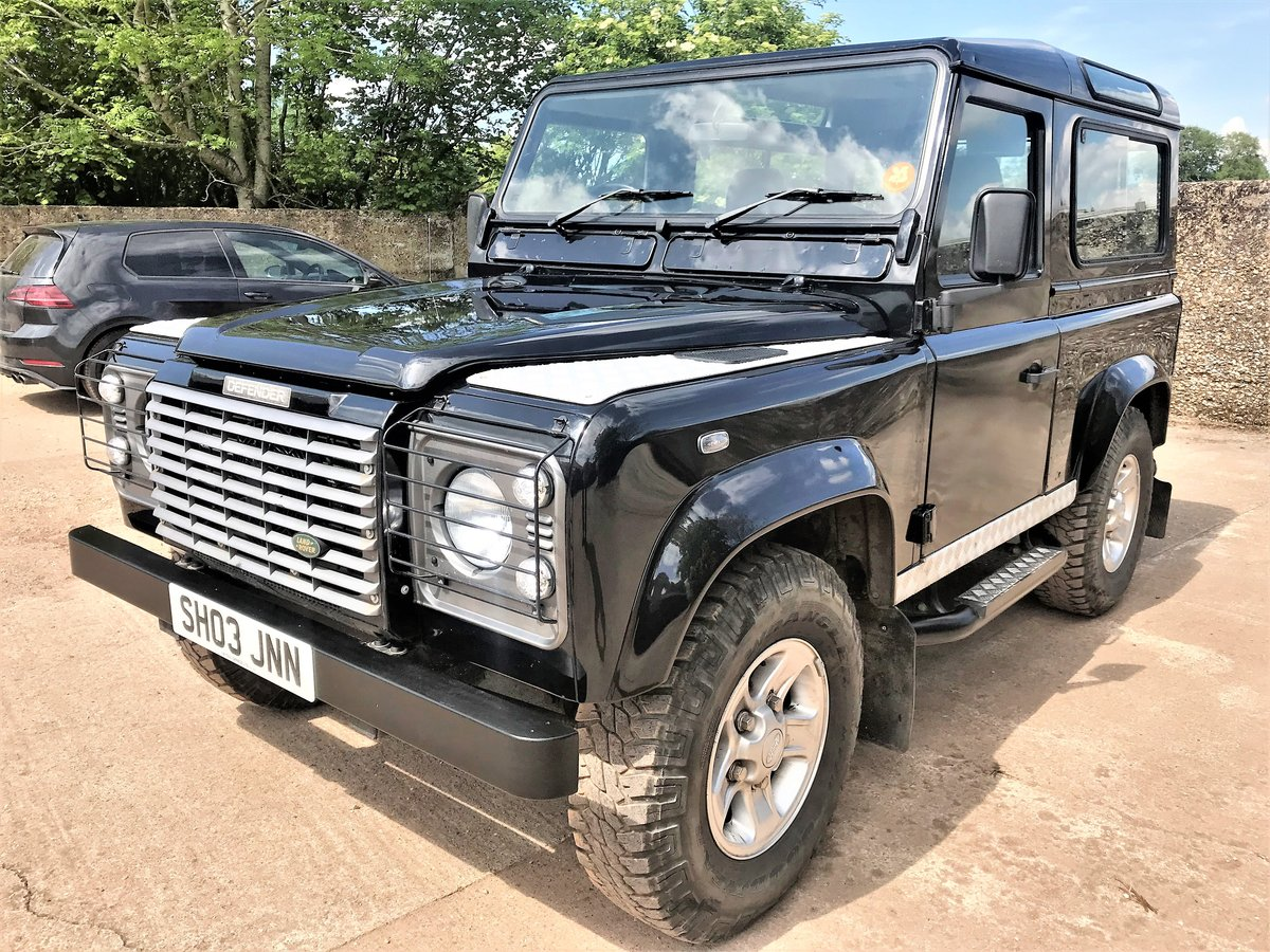 stunning 2003/53 Defender 90 TD5 XS station wagon+86000m SOLD (picture 2 of 6)