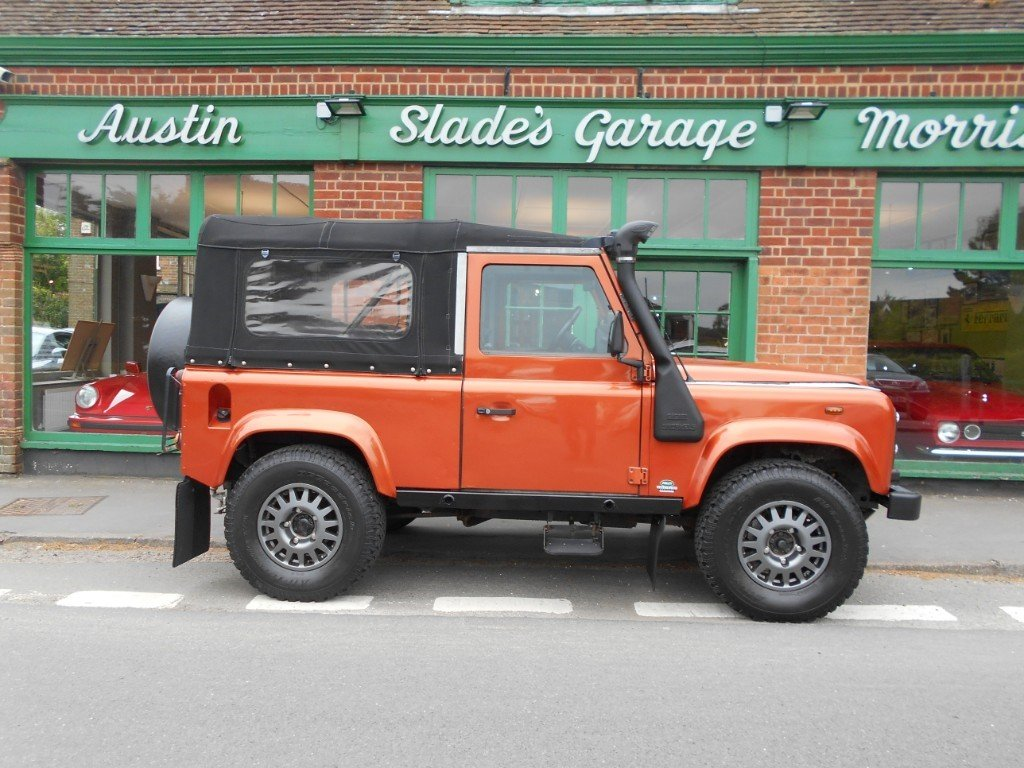 2001 Land Rover Defender 90 TD XS COnvertible  SOLD (picture 1 of 4)