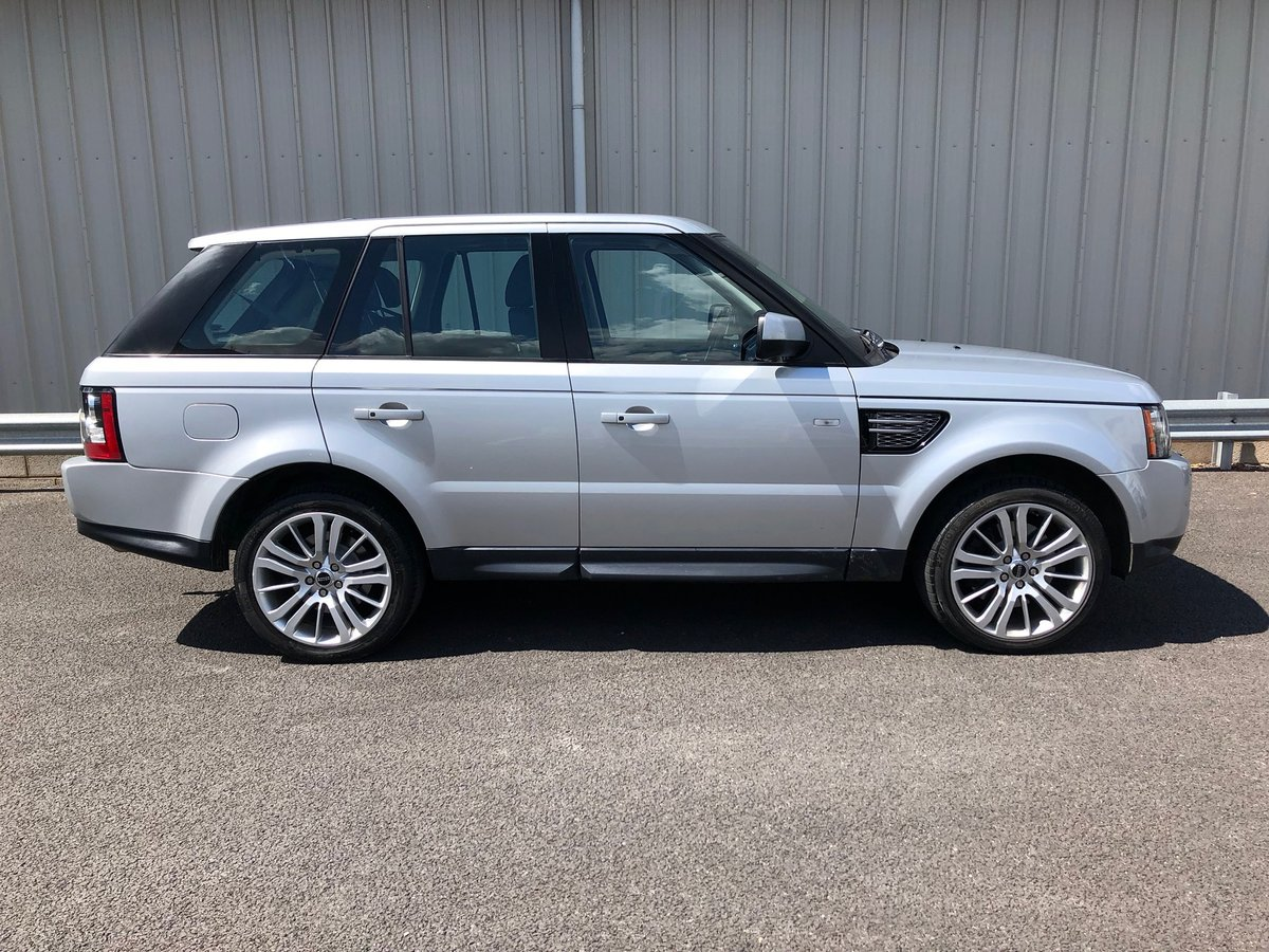2012 LAND ROVER RANGE ROVER SPORT 3.0 SDV6 HSE AUTO 255BHP SOLD (picture 2 of 5)
