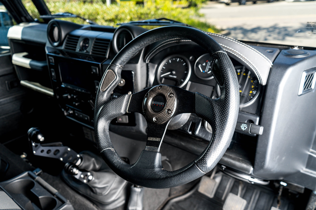 Land Rover Defender 90 XS TD 2014 (Twisted) SOLD (picture 5 of 6)