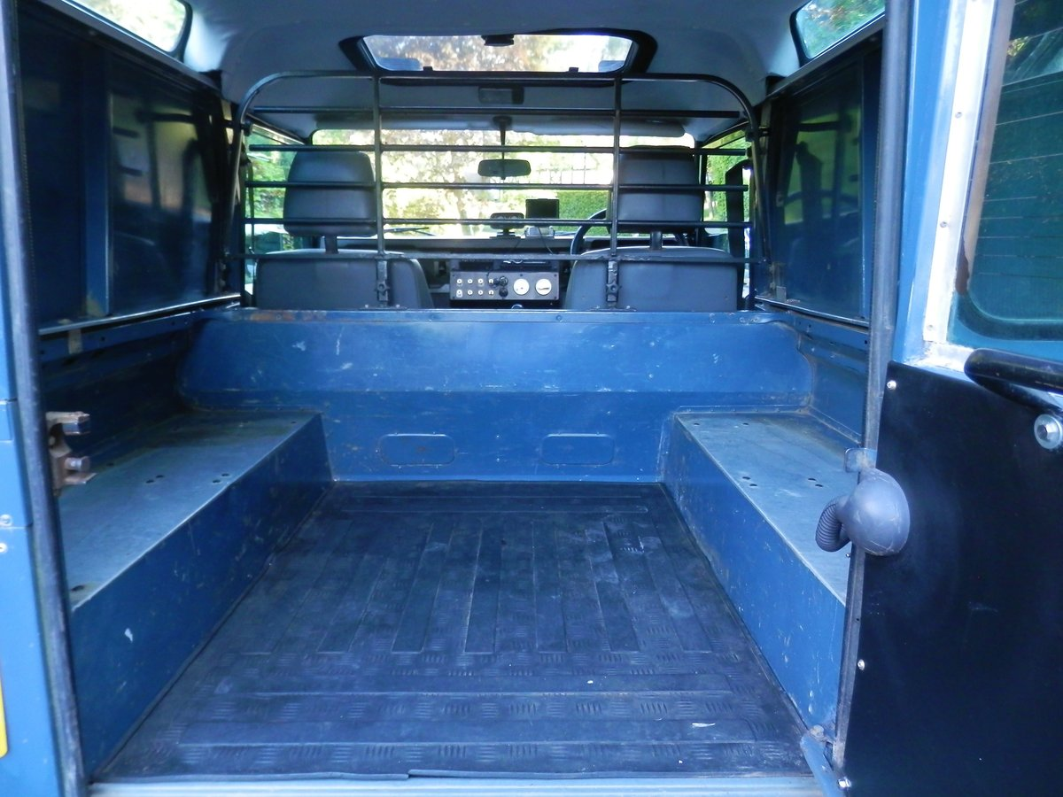 1996 Land Rover 90 Defender 300 Tdi. Many Extras. Must Be Seen. SOLD (picture 5 of 6)