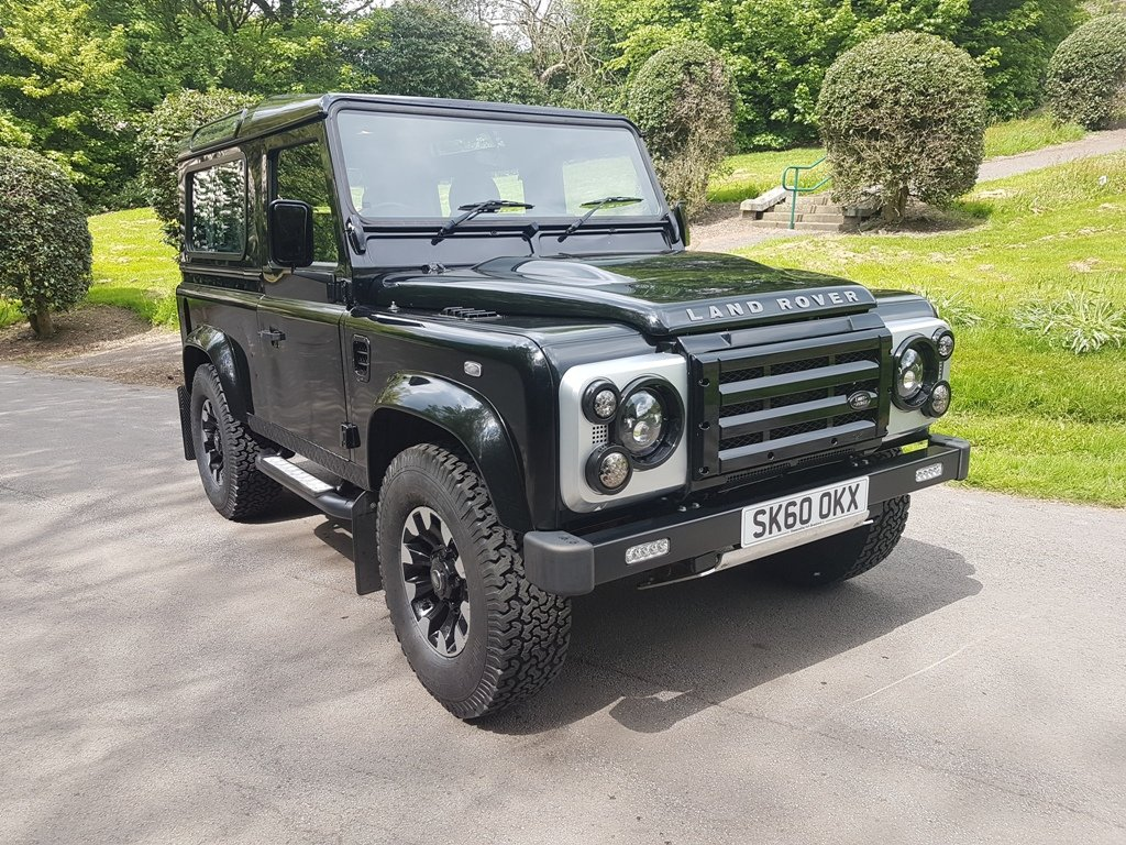 2011 LAND ROVER DEFENDER 90 TDCI COUNTY STATION WAGON XS For Sale (picture 1 of 6)