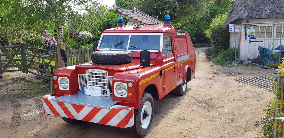 1977 Land Rover Series 3 Fire Engine Appliance Pump SOLD (picture 1 of 6)